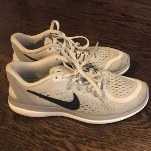 Grey Nike 2017 Flex Run Shoes